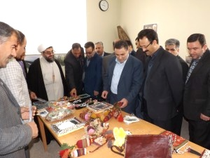 نمایشگاه صنایع دستی شهر ورزقان
