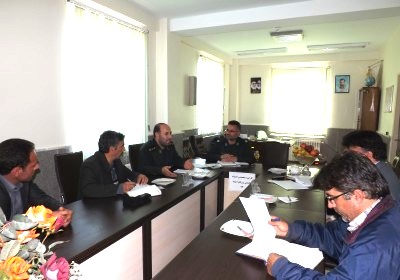 جلسه بررسی موانع و مشکلات پیشروی اجرای طرح های اقتصاد مقاومتی در شهرستان ورزقان