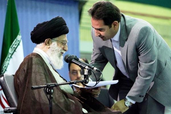 دکتر ابراهیم احمدی
