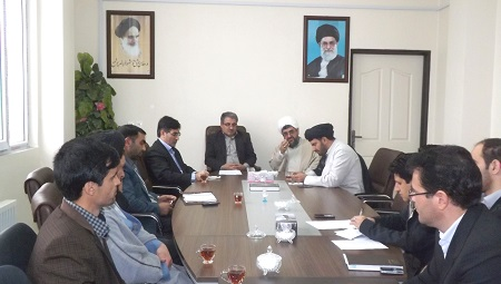 جلسه ستاد بزرگداشت مقام استاد شهید مرتضی مطهری درشهرستان ورزقـان